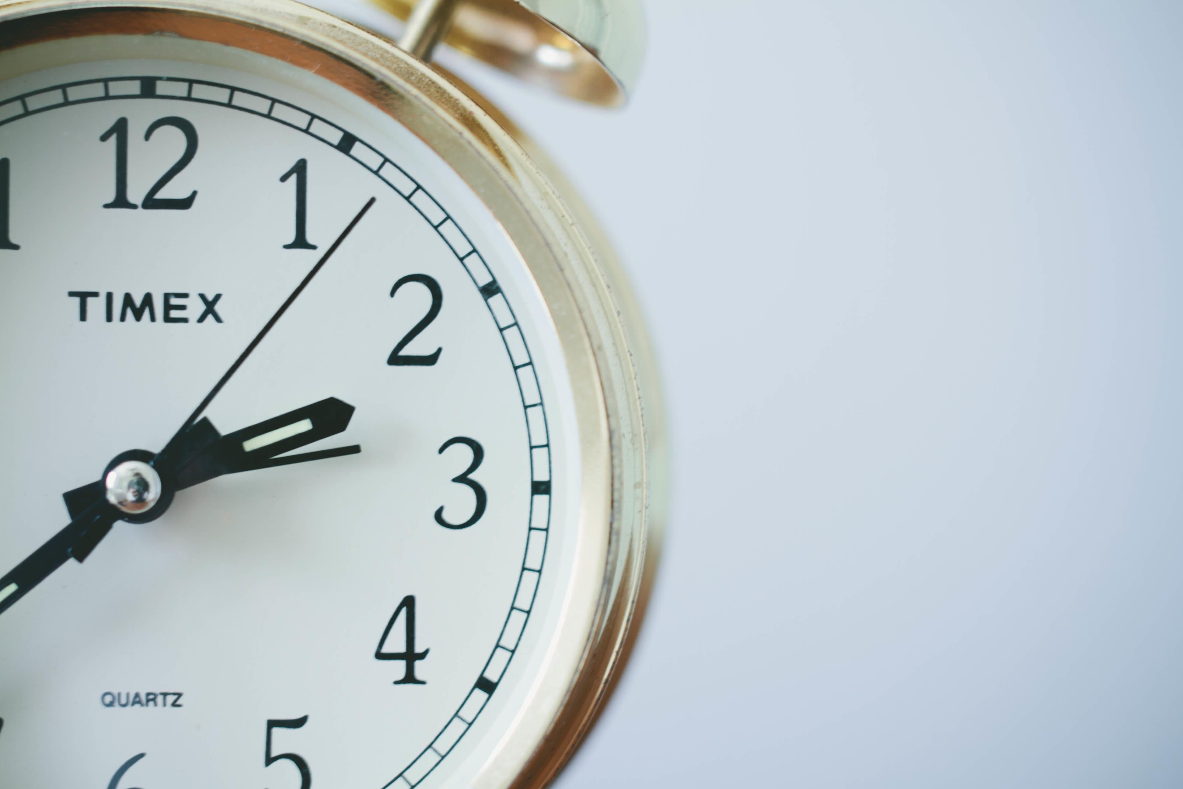 疲れるのは眠りのせいかも⁉ 大人の女性は睡眠時間が最も短い